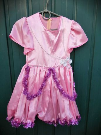 Нарядное платье для утренника