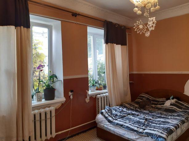 Дворянская,8 комнат,3 кухни