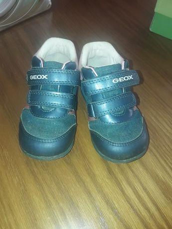 Кросівки   geox .