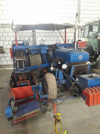 Ford New Holland maszyna do zbierania darni
