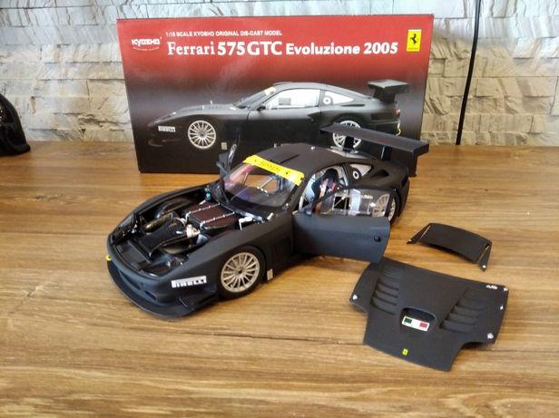 1:18 Kyosho Ferrari 575 GTC Eviluzione 2005 model Black Mat
