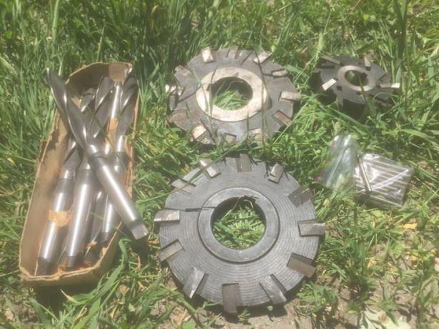 Металлорежущие инструменты для токарных станков