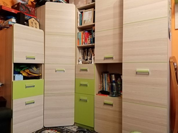 Gratis biurko Meble młodzieżowe chłopięce zielon szafa narożna Lorento