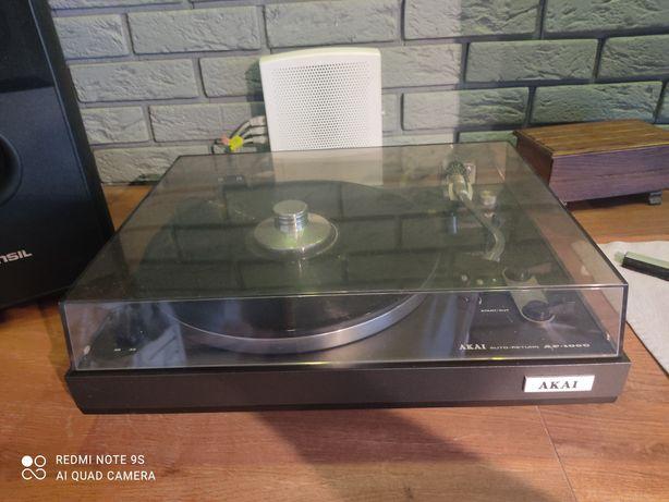 Gramofon AKAI AP-100c