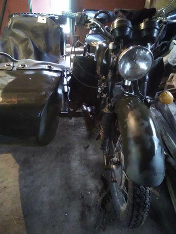 Мотоцикл Днепр 11 в рабочем состоянии
