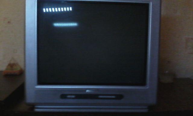 Продам телевизор Philips 21PT5121/60