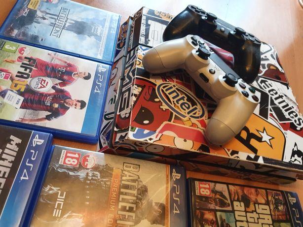 PlayStation4 1tb 2 pady