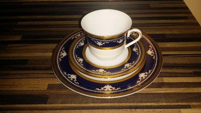 Filiżanka do herbaty z talerzykiem
