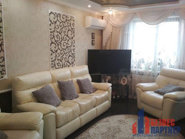 Продається 3-х кімнатна квартира по вул. Тараскова.