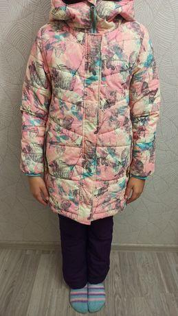 Курточка зимняя для девочки Outventure 140 см.
