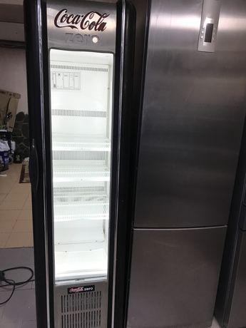 Холодильная шкаф-витрина RETRO Coca-Cola»,