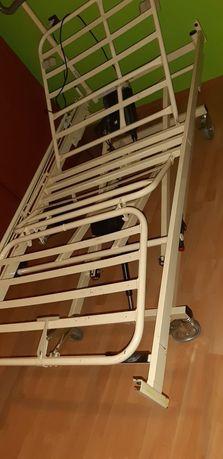 Łóżko rehabilitacyjne, medyczne z materacem przeciwodleżynowym