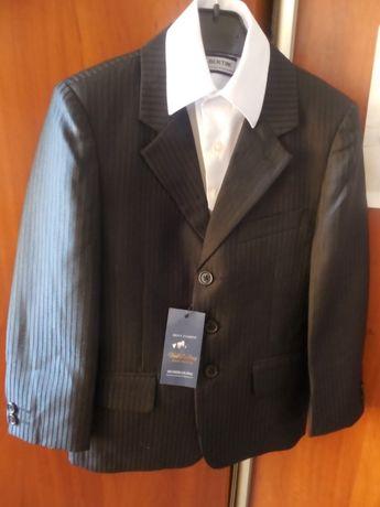 Новый пиджак жилет р.134-140