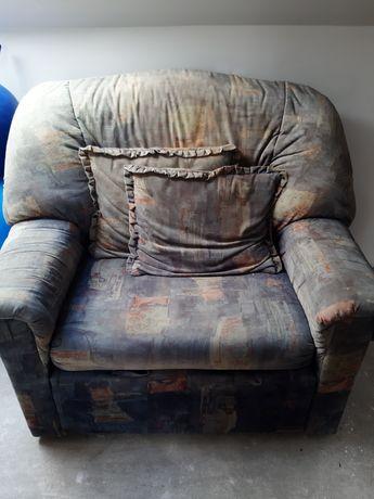 Fotel rozkładany jednoosobowy