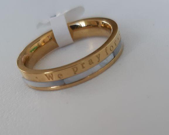 Obrączka pierścionek masa perłowa, napis# 19mm