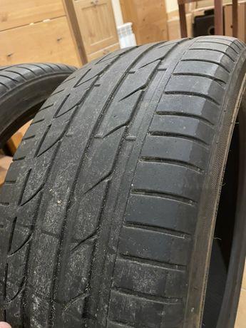 Opony Bridgestone 245/40/20