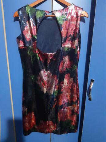 Платье в цветы бренда Oodji