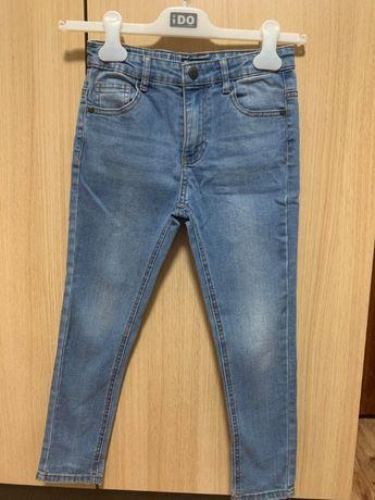 Продаются детские джинсы б/у в идеальном состоянии RESERVED 128 см