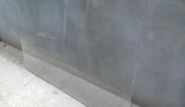 Стекло листовое оконное 4мм, 130*160 см.