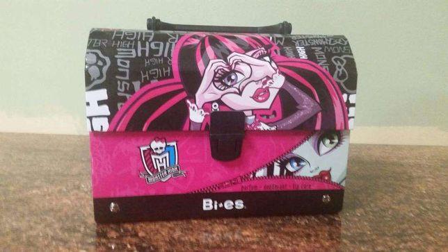 Pojemnik Monster High na jedzenie / drugie śniadanie