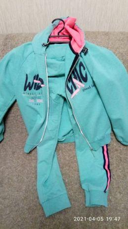 Спортивный костюм на девочку 8-10 лет бюрюзовый