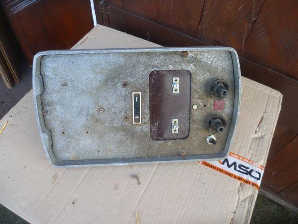 stary elektryczny pastuch