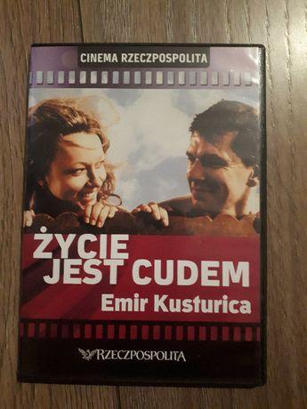"Emir Kusturica ""Życie jest cudem"" (2004) Život je čudo"