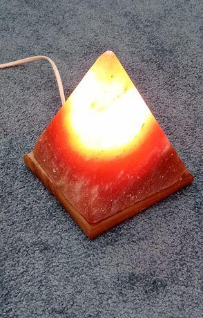 Lampka solna piramida sprawna