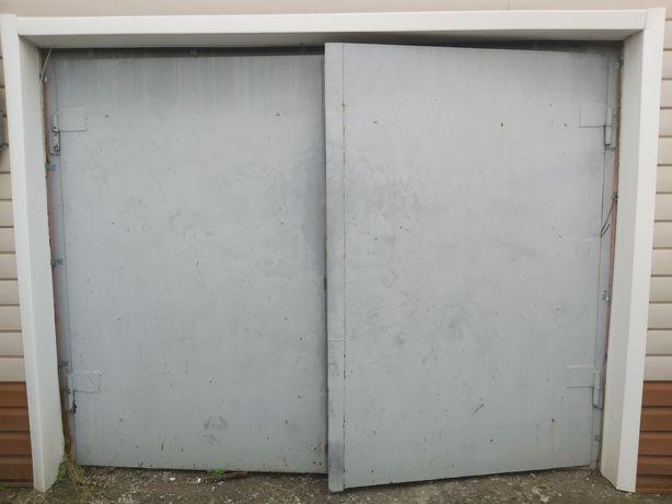 Ворота гаражные продам
