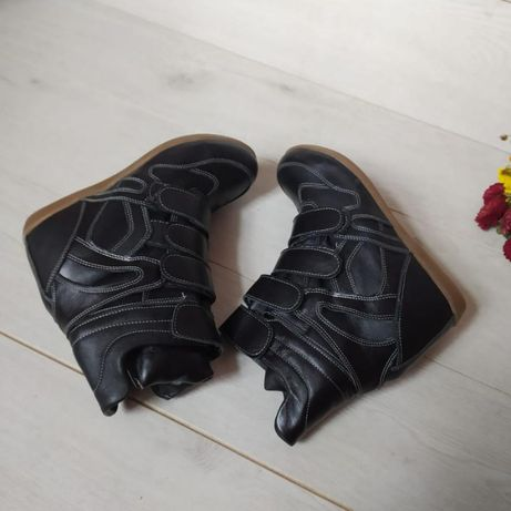 теплые ботинки-сникерсы натуральная кожа и мех