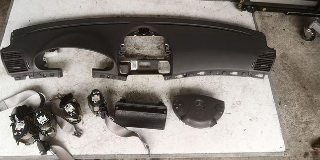 Deska konsola Mercedes W211.