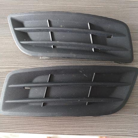Zaślepki halogenów Volvo V50