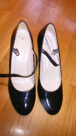 Туфлі жіночі 38 р.