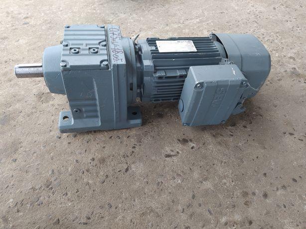 Мотор-редуктор 0,75 квт. моторедуктор електродвигун электродвигатель
