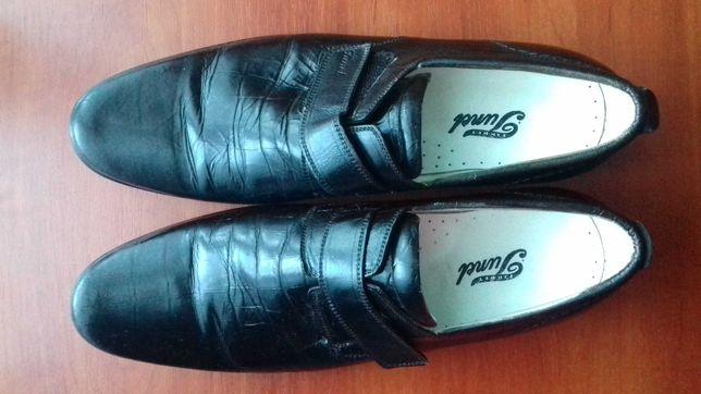 Туфли на подростка продам