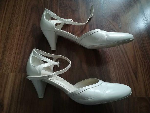 Buty ślubne ecru skórzane 39