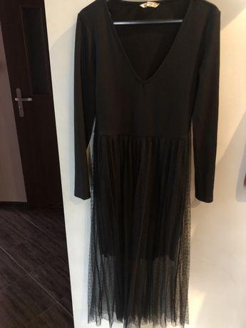 Śliczna sukienka stradivarius l