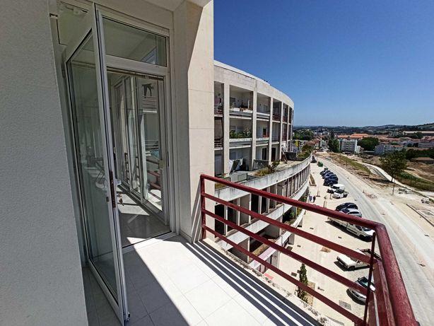 Apartamento Alcobaça T2 + sótão + box 2 carros VENDA PELO PRÓPRIO
