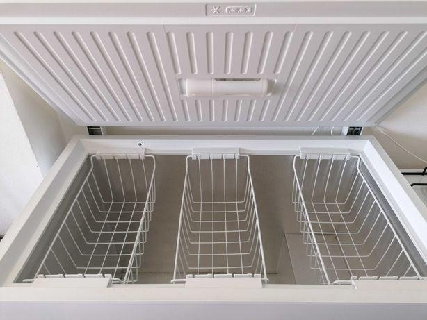 Arca congeladora Zanussi 300L