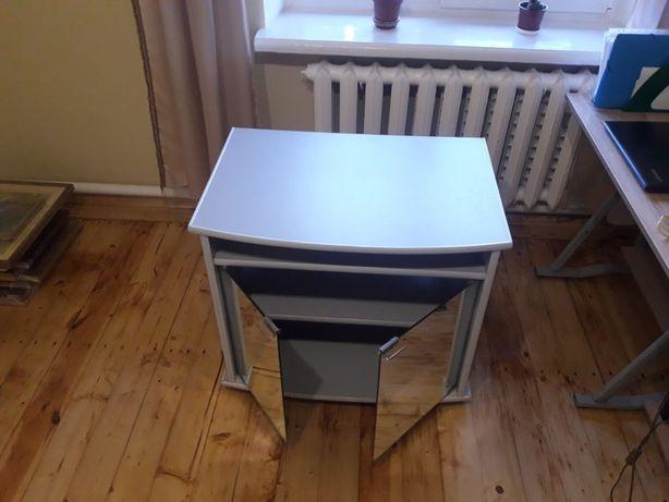 Продаємо дуже компактний,гарний столик під плазму!Дешево!Львів!1000грн