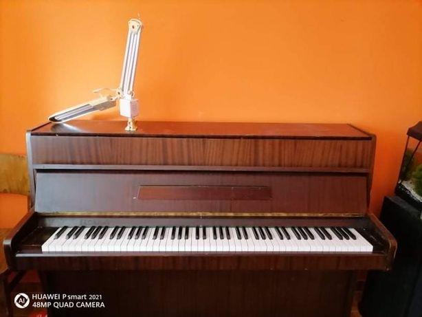 Legnica pianino uzywane przez corke