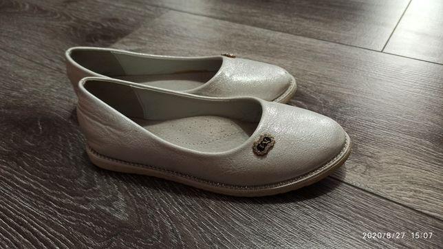 Туфли 31 размер кожанная стелька