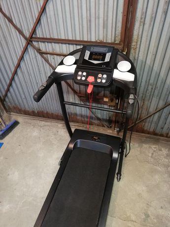 Składana bardzo praktyczna bieżnia elektryczna jak NOWA MP3 Głośniki!