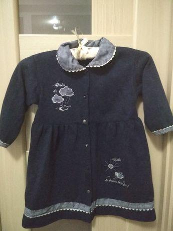 Платье трикотажное на кнопках, на 3 года