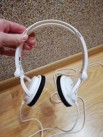 Słuchawki przewodowe Sony