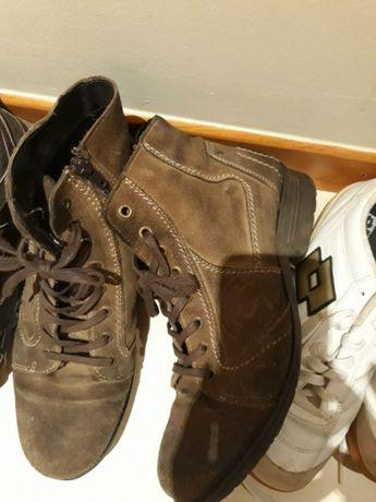 PARA DESOCUPAR Sapatilhas e botins de homem, 42