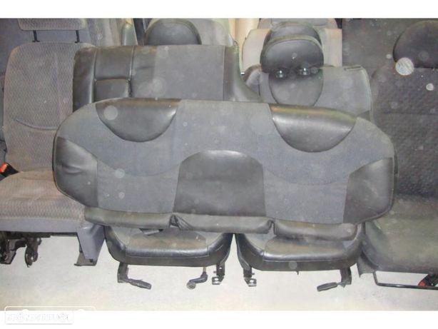 Conjunto de bancos Rover 25 (3 portas)