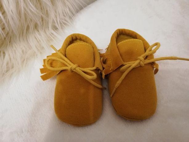 Sapato 12/18 meses novos