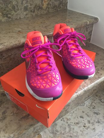 Sapatilhas T40 Marca Nike