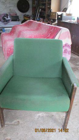 Fotel stary prl  do renowacji